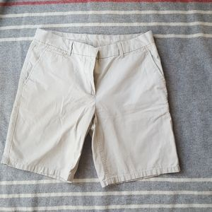 Gap Khakis Boyfriend Roll-Up Shorts